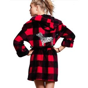 VS PINK Bling Plaid Plush Robe
